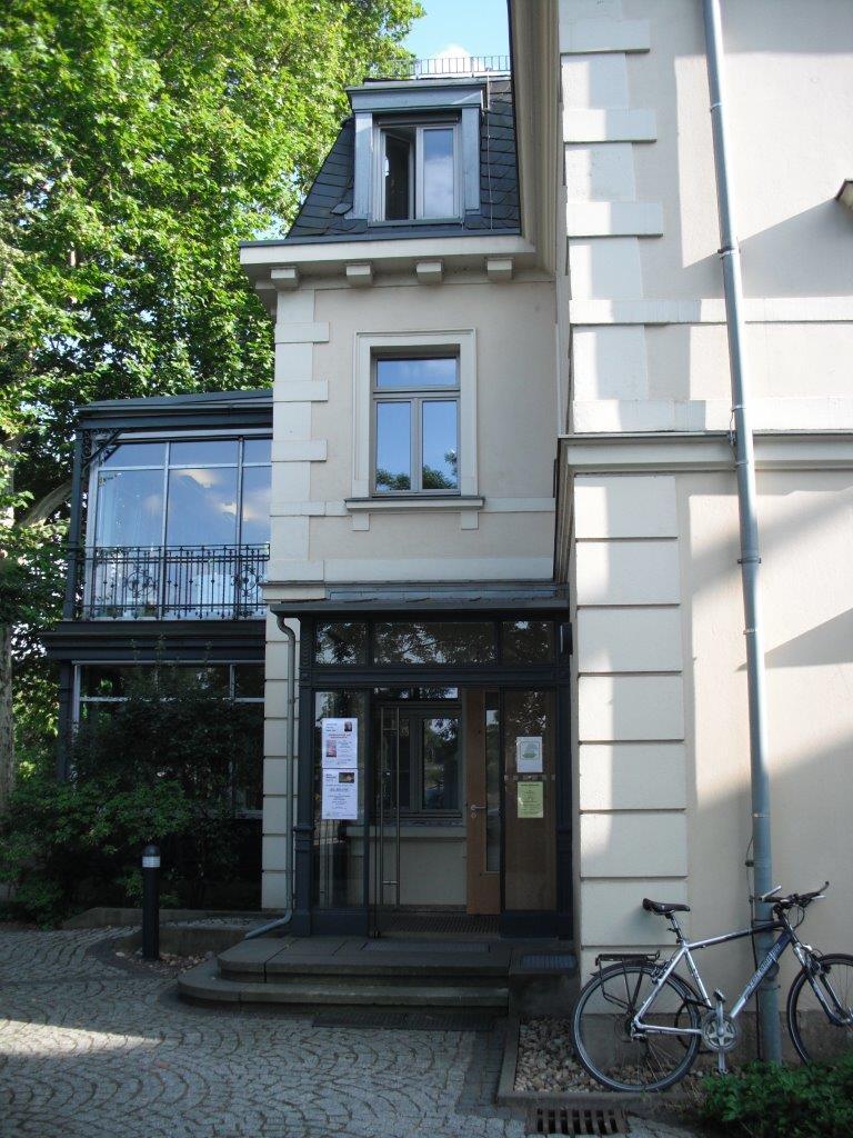 Villa Augustin, die das Erich Kästner Museum Dresden beheimatet, im August 2013
