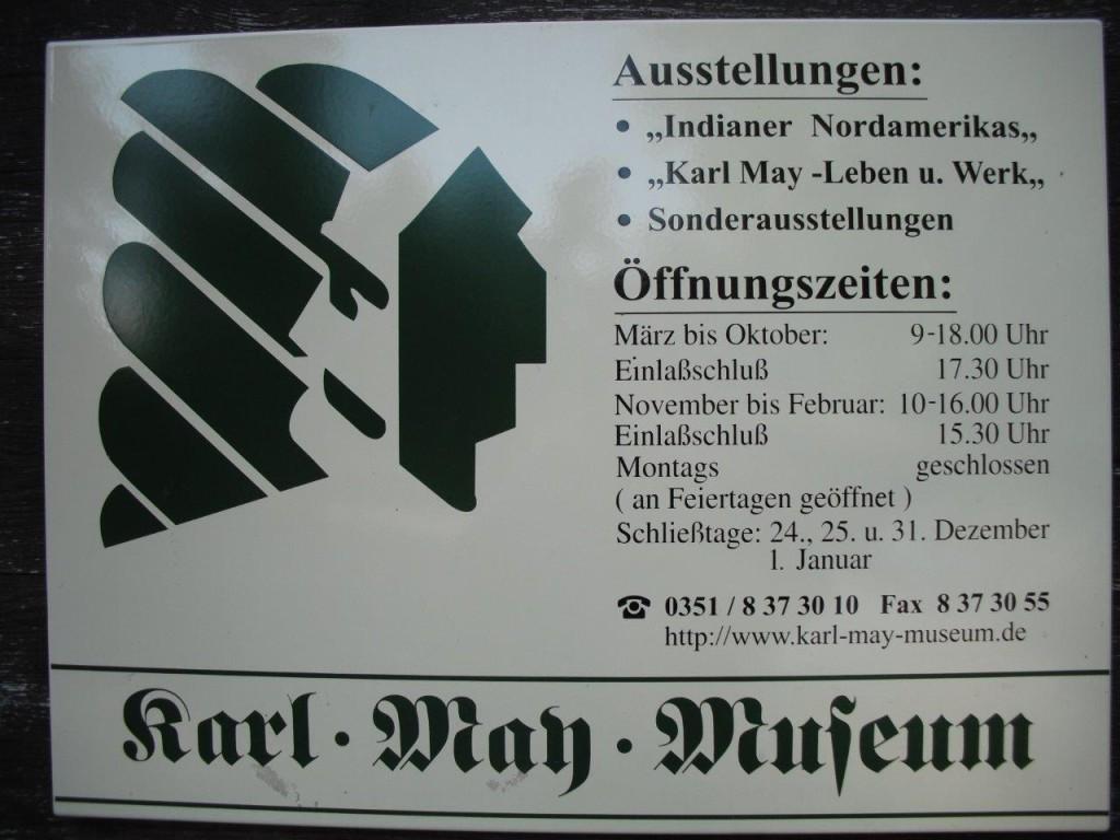 Museumstafel am Karl-May-Museum in Radebeul bei Dresden