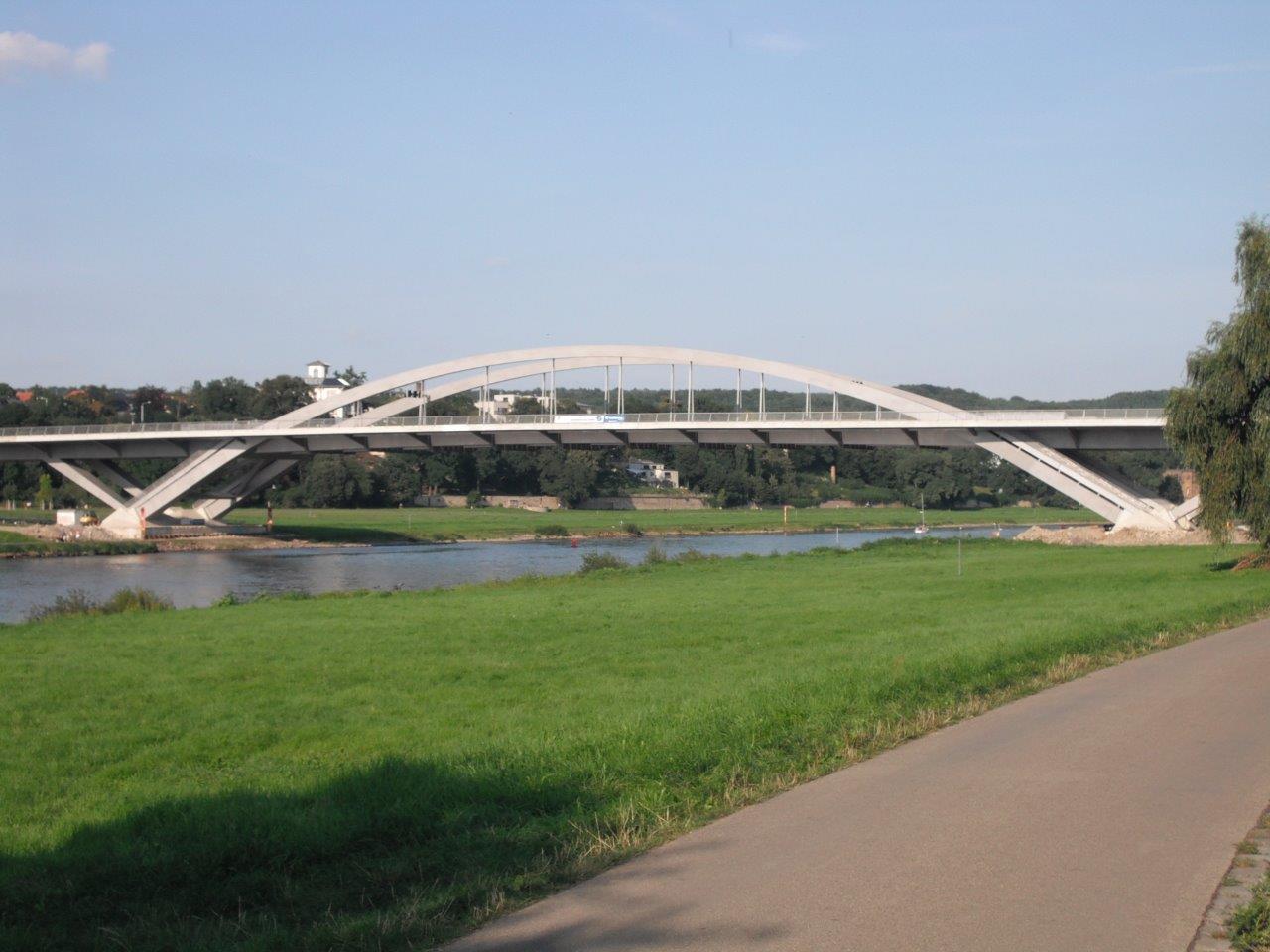 Waldschlösschenbrücke: Verkehrseffekte auf die anderen Elbbrücken