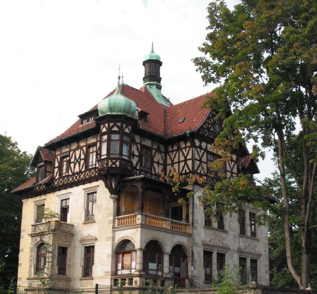 Heinrichshof im Dresdner Lahmann-Sanatorium, das ehemalige Wohnhaus Heinrich Lahmanns