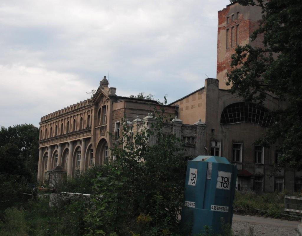 Das Herrenbad im Dresdner Lahmann-Sanatorium vor Sanierung, September 2013