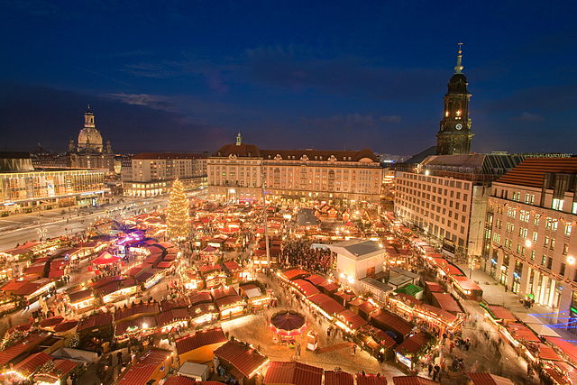 Striezelmarkt von oben, Dresden 2009