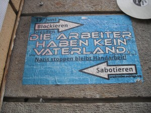 Plakat in Dresden Neustadt: Blockieren Sabotieren Vaterland