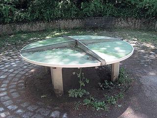 Tischtennisplatte für vier Spieler, München